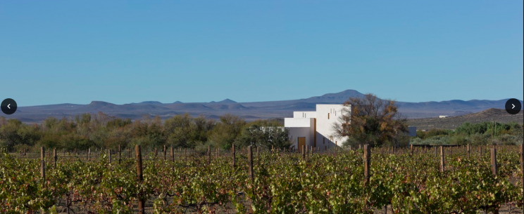 This beautiful house in the Karoo is a must-see