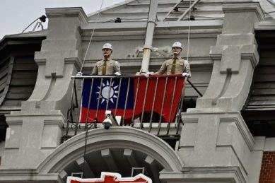 Cake fight: Taiwan, China officials scuffle at Fiji soiree