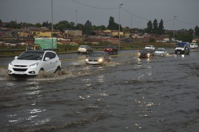 Severe thunderstorms, flood warning issued for Monday afternoon
