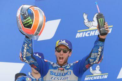 Spaniards sweep MotoGP podium as Quartararo loses his lead