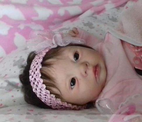 Fake babies help mourning moms