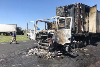 WATCH: More trucks set alight as Ramaphosa condemns attacks