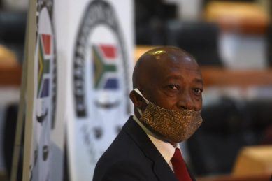 Moyane accuses Gordhan of 'jealousy, racism' at State Capture Commission