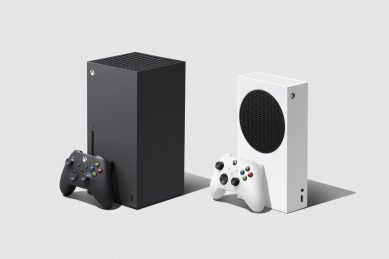 New Xbox hits stores, launching holiday season console war