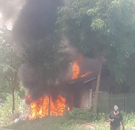 Suspected vandalism leads to substation blowing up in Eldorado Park (video)