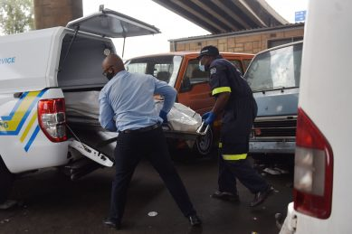 Toy gun gets robber killed at Faraday taxi rank (video)