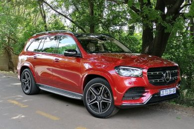 Your kids will never be late for school again in Merc's GLS 580