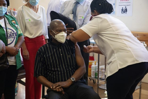 DA calls for ad hoc committee to oversee SA's Covid-19 vaccine rollout