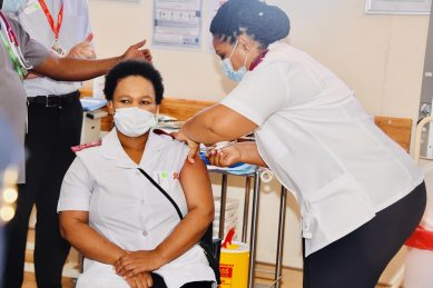 Covid-19 update: SA records 1, 429 new cases, with 15,388 healthcare workers vaccinated