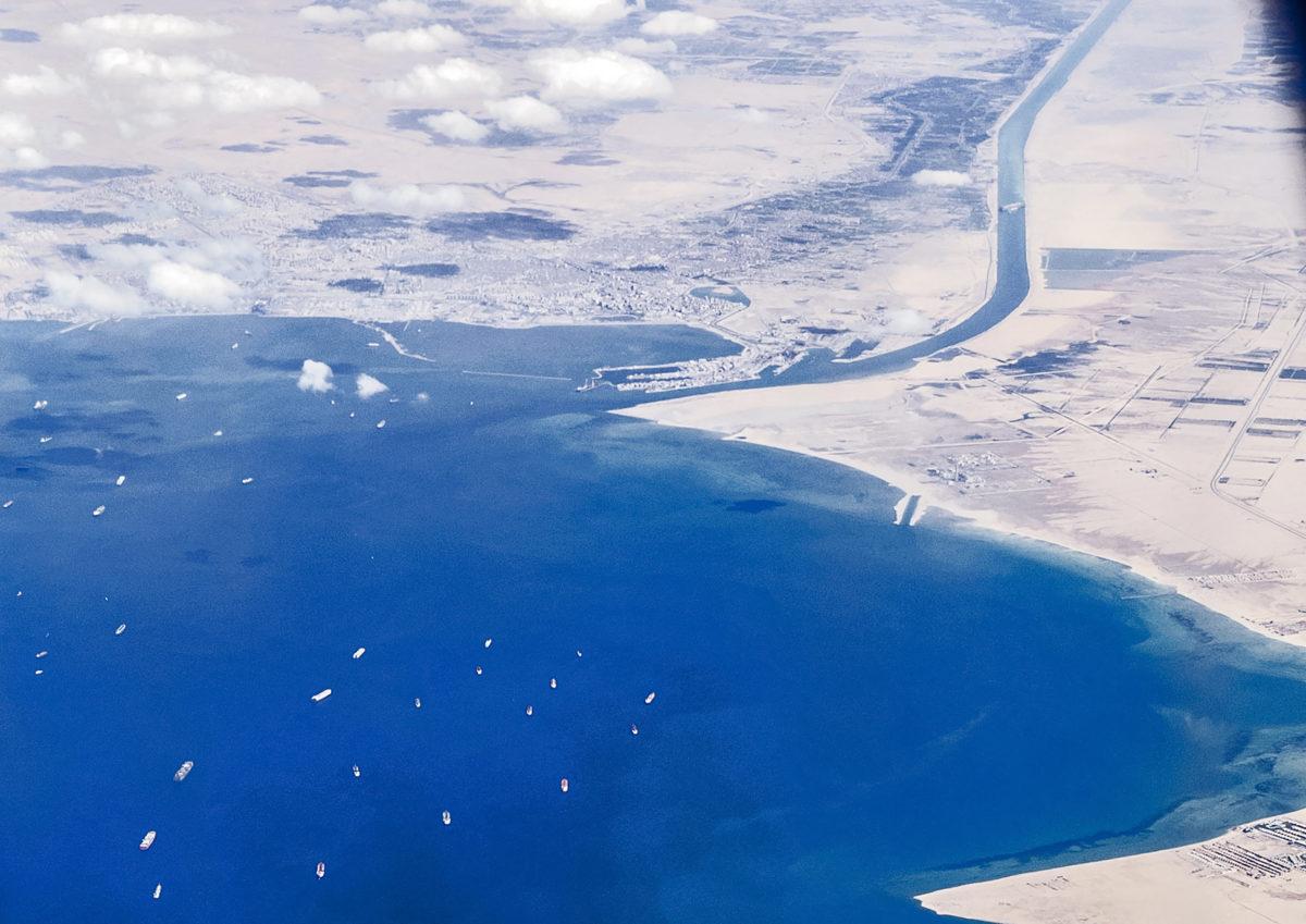 Suez Canal traffic