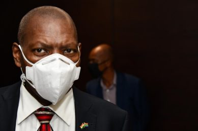 Health Dept suspends dodgy contracts allegedly linked to Zweli Mkhize's close associates – report