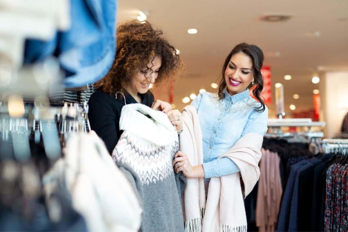 Conscious shopping for a capsule wardrobe