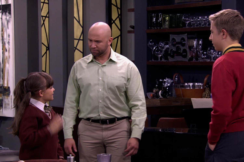 Clint Brink as Dr. Steven Abrahams in Binnelanders