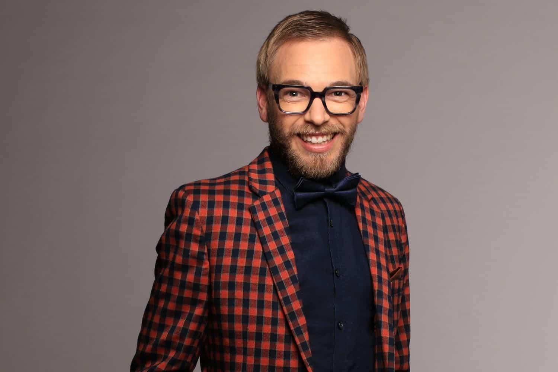 De Klerk Oelofse in his first role as presenter