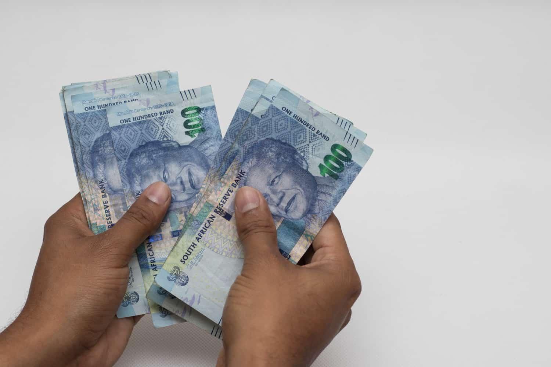 SA average salary per month