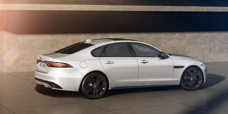 Jaguar XF Black