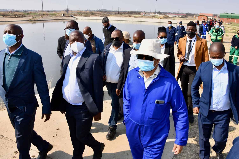 Mabuza visits Vaal River and Kroonstad Waste Water