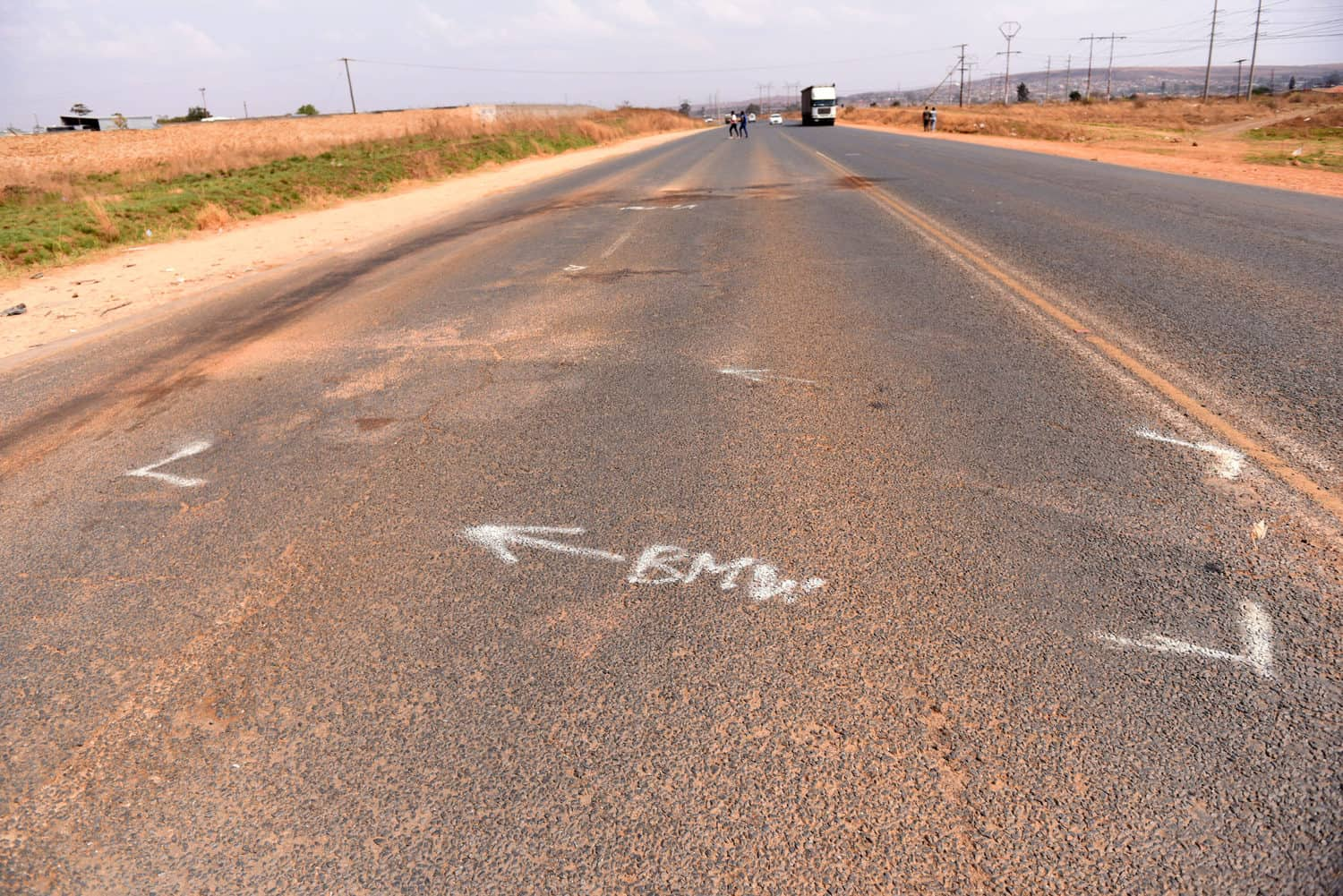 The spot where Late Johannesburg mayor, Jolidee Matongo's vehicle collided with a van while trying to avoid a pedestrian along Golden Highway near Vlakfontein.