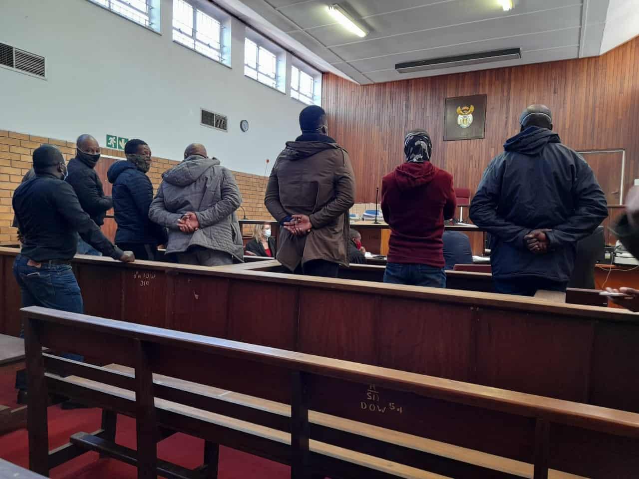 SANDF member due in court over car smuggling at Beitbridge