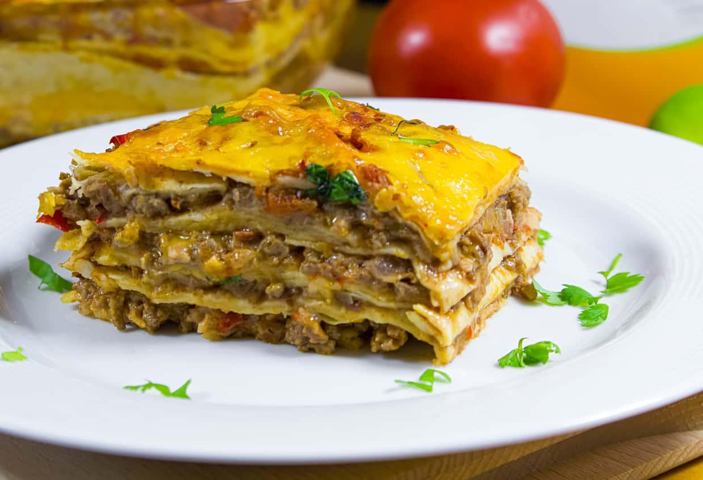 lasagna and garlic bread bake